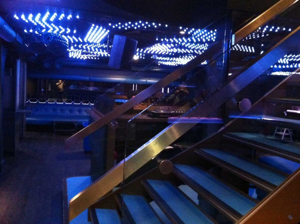 boujis-nightclub-staircase-bottom