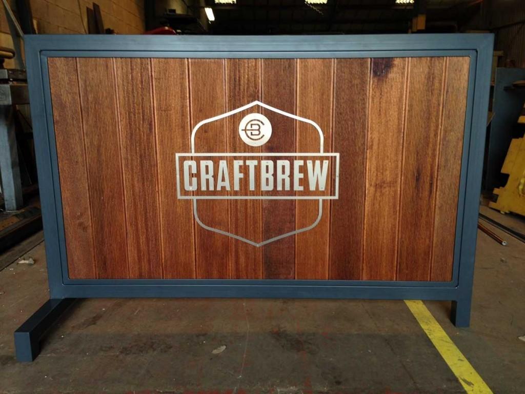 craftbrew-patio-divider-wood