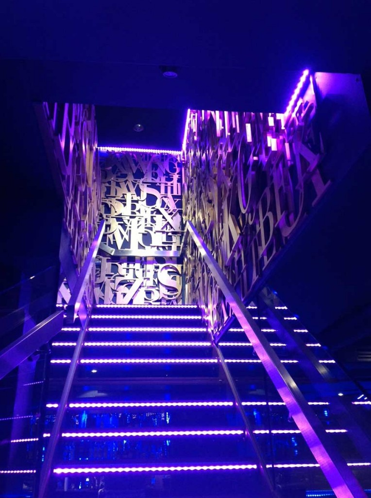 boujis-nightclub-staircase-lettering